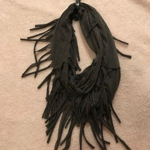 Infinity scarf with chunky tassels